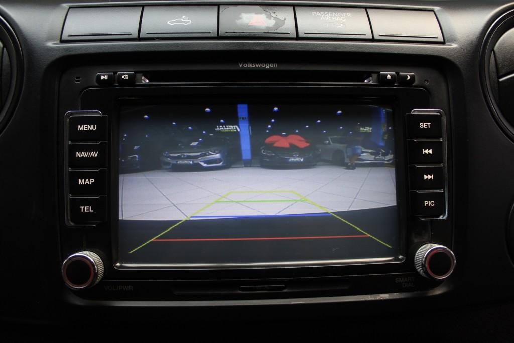 Imagem do veículo VOLKSWAGEN AMAROK S 2.0 4X4 CD DIESEL 4P MANUAL 6M - 2015 - PRATA