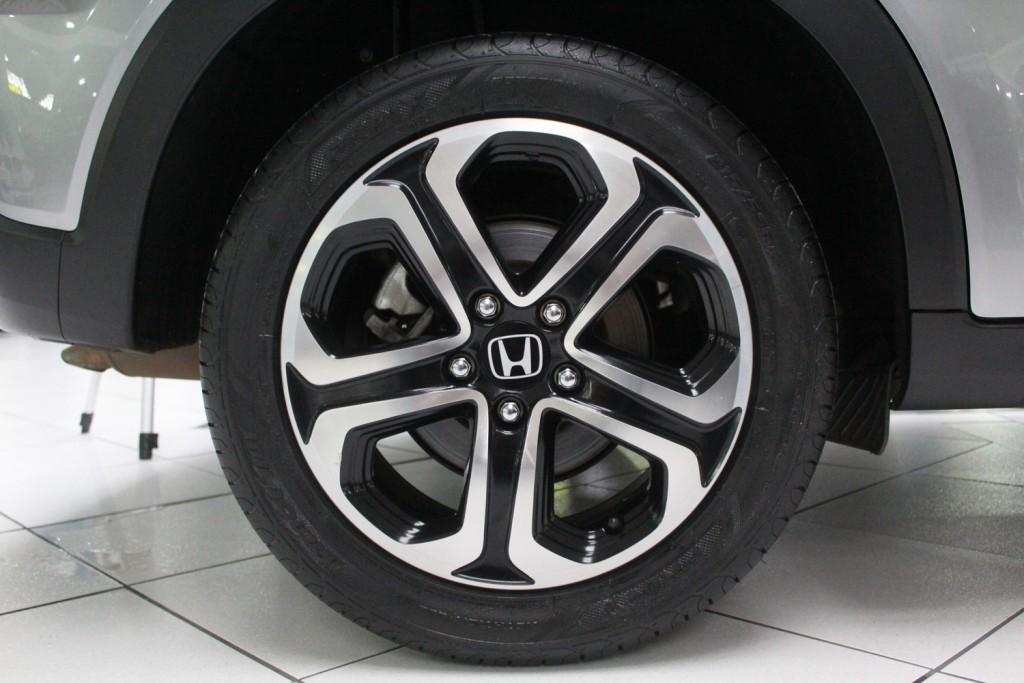 Imagem do veículo HONDA HR-V EX 1.8  FLEX 4P AUTOMÁTICO CVT - 2016 - CINZA