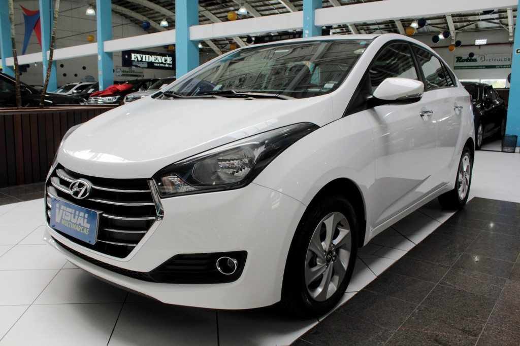 HYUNDAI HB20S 1.6 COMFORT  FLEX 4P MANUAL 6M - 2016 - BRANCO