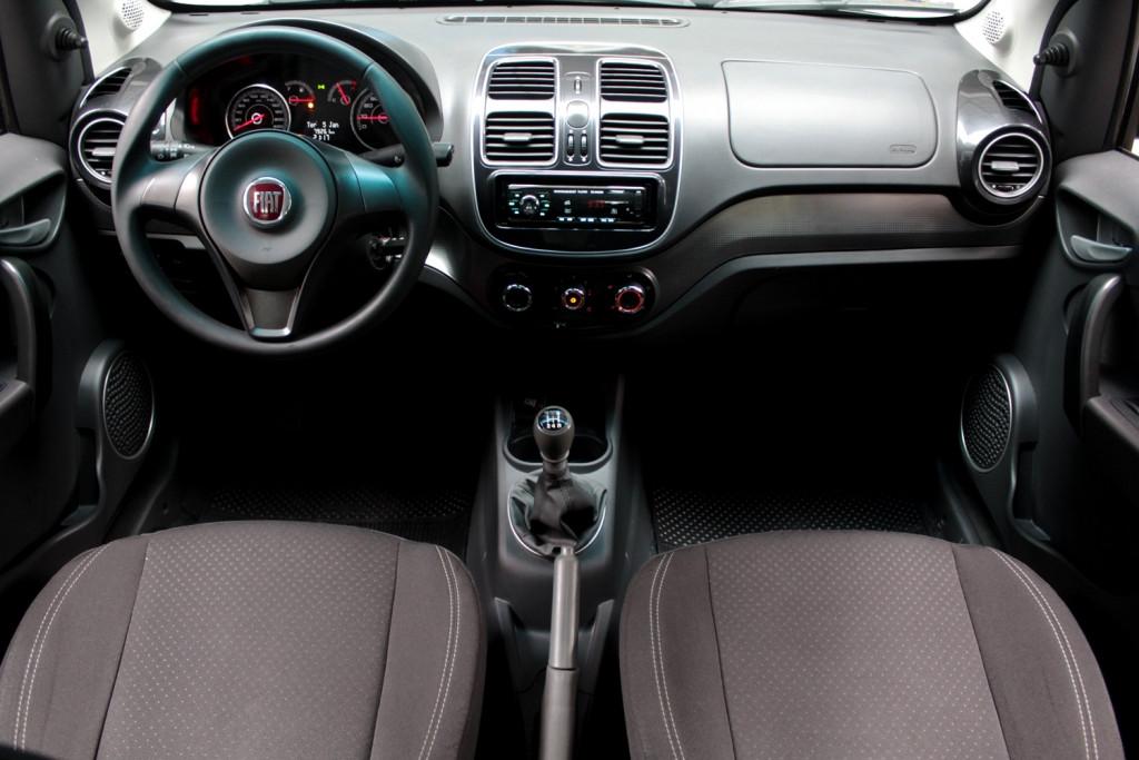 Imagem do veículo FIAT GRAND SIENA 1.4 ATTRACTIVE FLEX 4P MANUAL - 2016 - PRETO