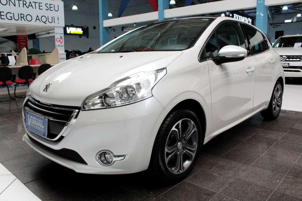 PEUGEOT 208 1.6 GRIFFE  FLEX 4P MANUAL - 2014 - BRANCO PÉROLA