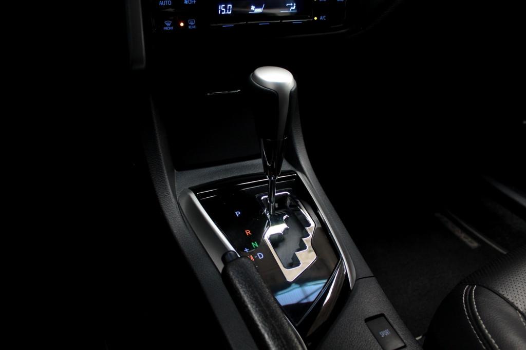 Imagem do veículo TOYOTA COROLLA 2.0 XRS FLEX 4P AUTOMÁTICO CVT 7M - 2018 - PRETO