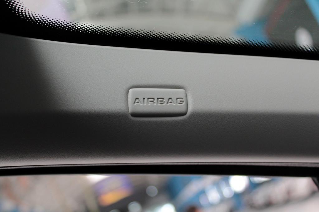 Imagem do veículo PEUGEOT 408 2.0 ALLURE FLEX 4P AUTOMÁTICO 6M - 2016 - PRETO