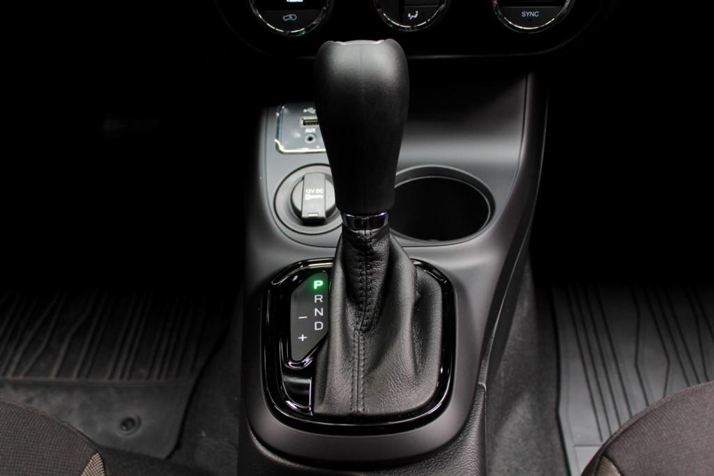 Imagem do veículo FIAT TORO 1.8  FREEDOM FLEX 4P AUTOMÁTICO 6M - 2021 - PRETO **0 KM**
