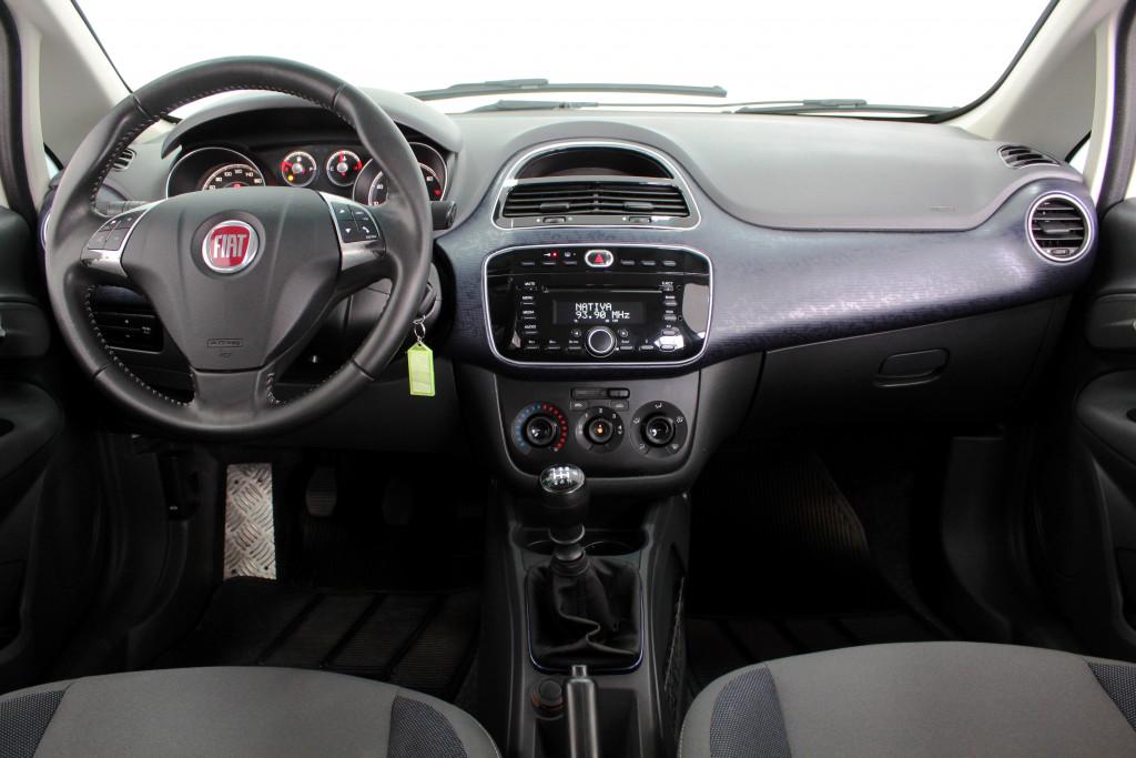 Imagem do veículo FIAT PUNTO 1.4 ATTRACTIVE FLEX 4P MANUAL - 2014 - BRANCO