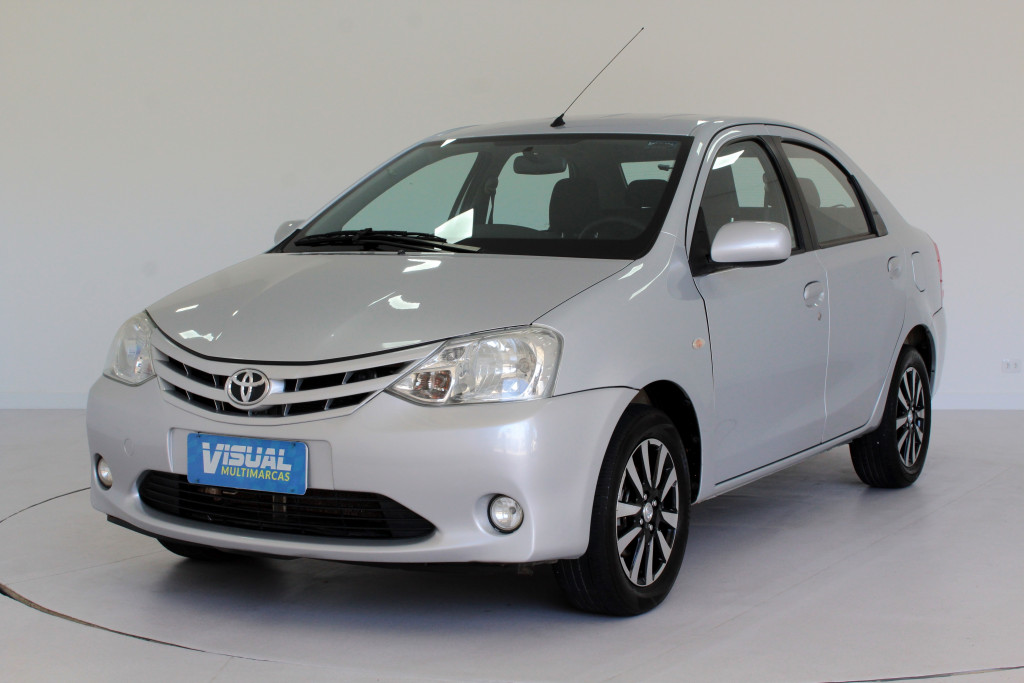 TOYOTA ETIOS 1.5 XS FLEX 4P MANUAL - 2013 - PRATA