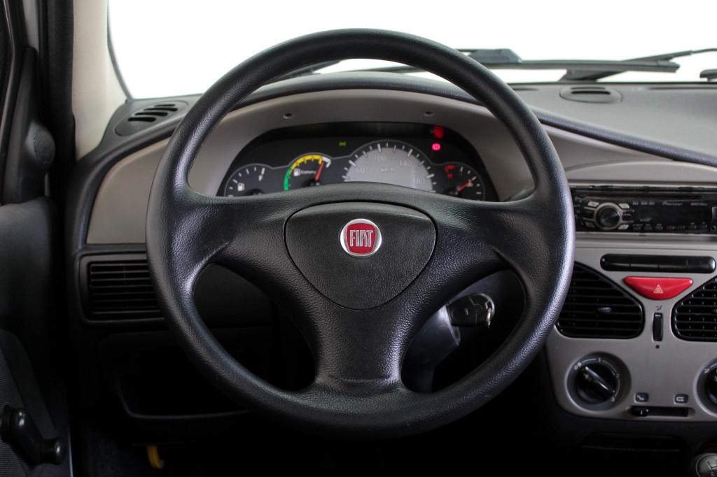 Imagem do veículo FIAT PALIO 1.0 FIRE FLEX 2P MANUAL - 2010 - PRATA