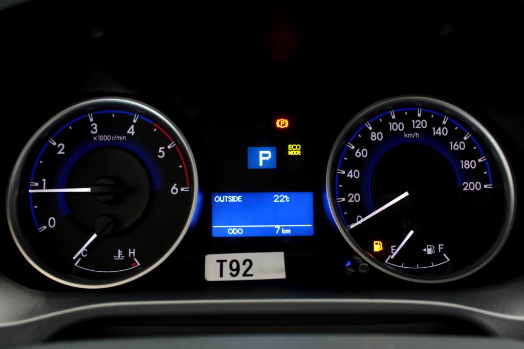 Imagem do veículo TOYOTA HILUX 2.8 SR 4X4 CD TURBO DIESEL 4P AUTOMÁTICO 6M - 2020 - VERMELHO