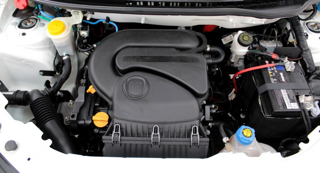 Imagem do veículo FIAT FIORINO 1.4 FURGÃO HARD WORKING FLEX 2P MANUAL - 2020 - BRANCO