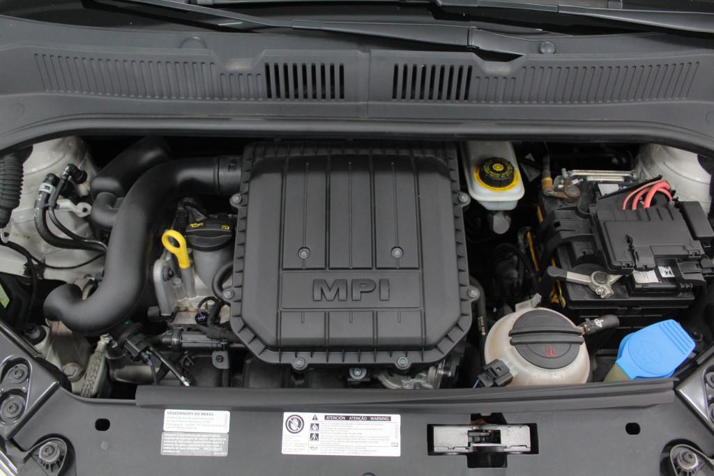 Imagem do veículo VOLKSWAGEN UP 1.0 TAKE UP FLEX 4P MANUAL - 2015 - BRANCO