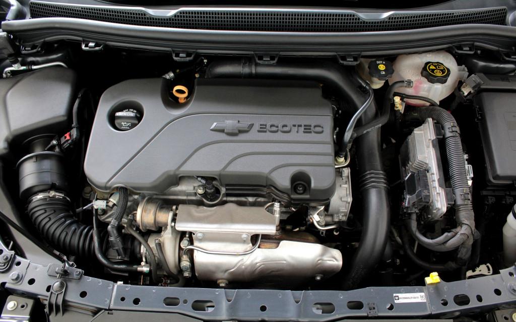 Imagem do veículo CHEVROLET CRUZE 1.4 TURBO LT FLEX 4P AUTOMÁTICO 6M - 2018 - CINZA