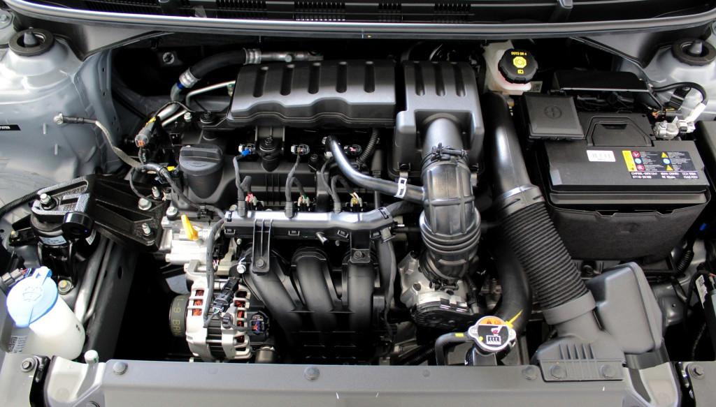 Imagem do veículo HYUNDAI HB20 1.0 SENSE FLEX 4P MANUAL - 2021 - PRATA **0 KM**