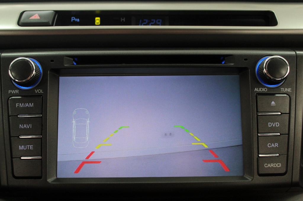 Imagem do veículo TOYOTA RAV4 2.0 4P AUTOMÁTICO CVT 7M - 2013 - PRATA