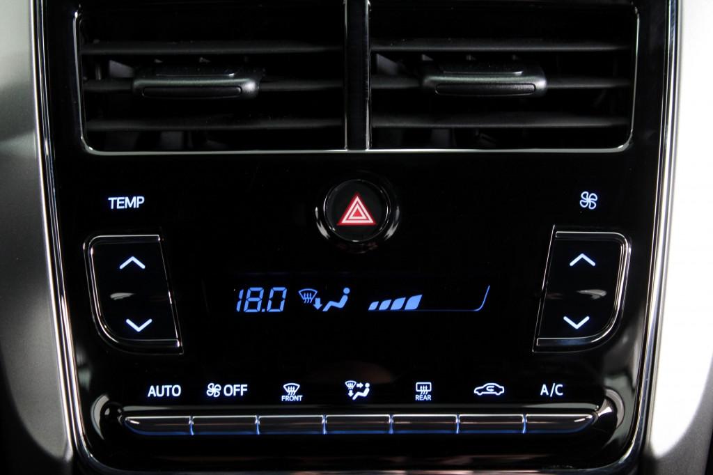 Imagem do veículo TOYOTA YARIS 1.5 XL PLUS CONNECT FLEX 4P AUTOMÁTICO  CVT 7M - 2022 - BRANCO PÉROLA **0 KM**