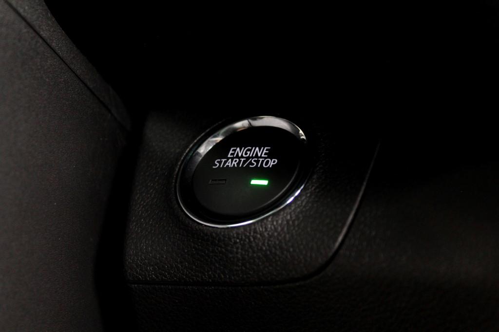 Imagem do veículo CHEVROLET TRACKER 1.0 TURBO LTZ FLEX 4P AUTOMÁTICO 6M - 2021 - BRANCO