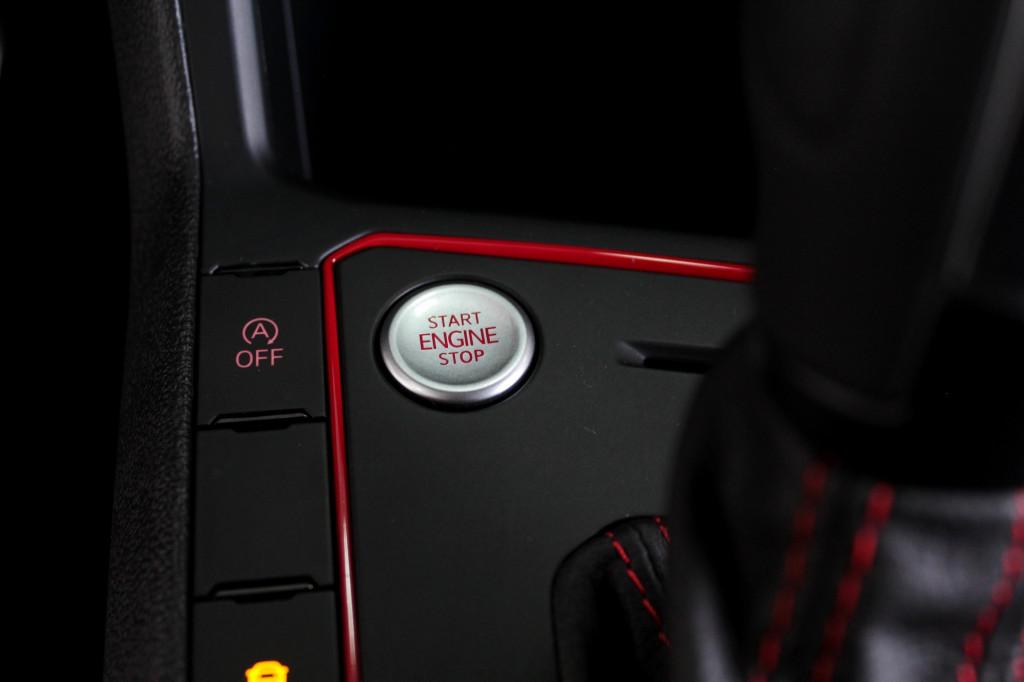 Imagem do veículo VOLKSWAGEN POLO 1.4 GTS 250 TSI FLEX 4P AUTOMÁTICO 6M - 2021 - VERMELHO