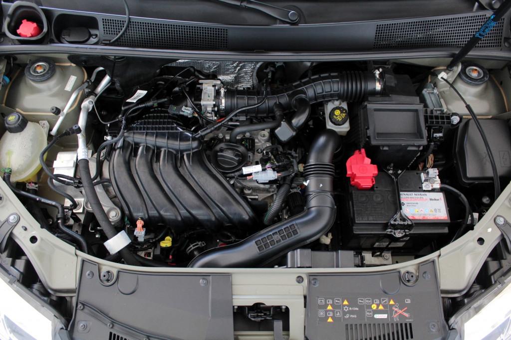 Imagem do veículo RENAULT LOGAN 1.6 ICONIC FLEX AUTOMÁTICO CVT 6M - 2021 - PRETO