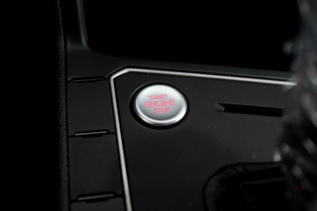 Imagem do veículo VOLKSWAGEN POLO 1.0 200 TSI COMFORTLINE FLEX AUTOMÁTICO 6M - 2018 - BRANCO