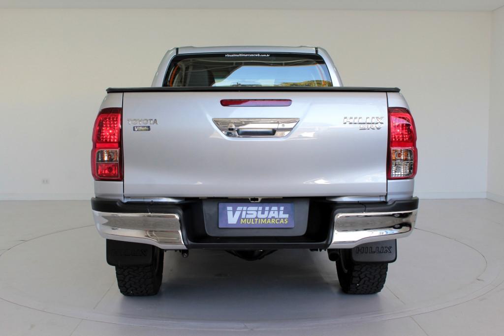 Imagem do veículo TOYOTA HILUX 2.8 SRV 4X4 CD TURBO DIESEL 4P AUTOMÁTICO 6M - 2018 - PRATA
