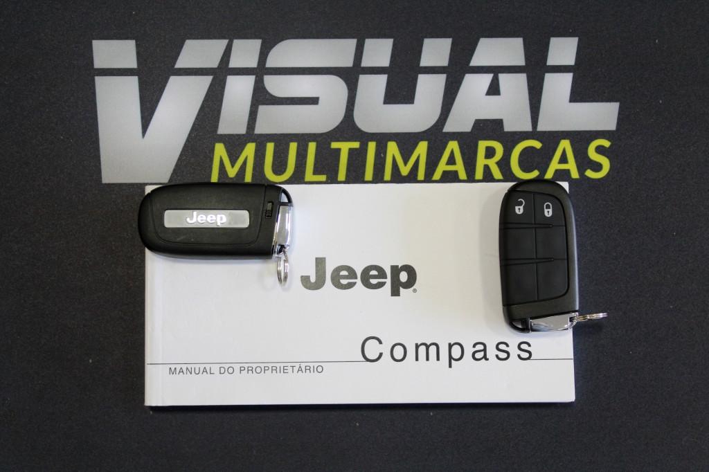 Imagem do veículo JEEP COMPASS 2.0 LONGITUDE FLEX 4P AUTOMÁTICO 6M - 2021 - CINZA ** 0 KM** UNIDADE DÍSPONIVEL A PRONTA ENTREGA