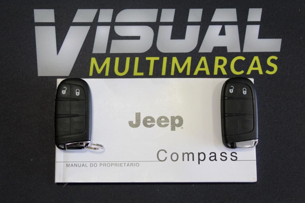 Imagem do veículo JEEP COMPASS 2.0 LONGITUDE FLEX 4P AUTOMÁTICO 6M - 2018 - PRETO