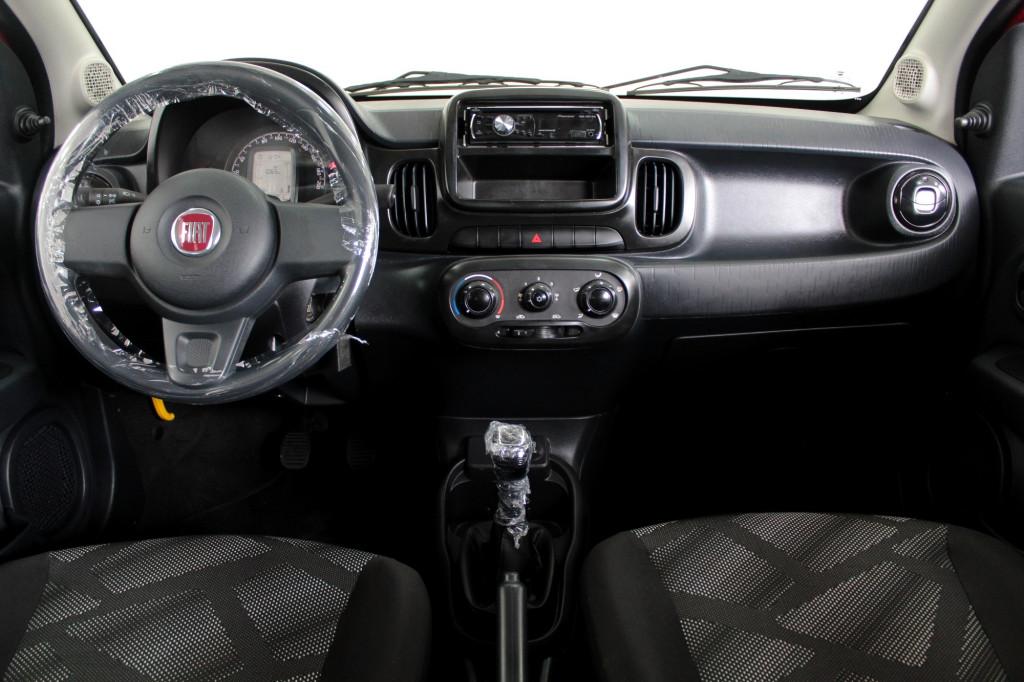 Imagem do veículo FIAT MOBI 1.0 LIKE FLEX 4P MANUAL - 2018 - VERMELHO