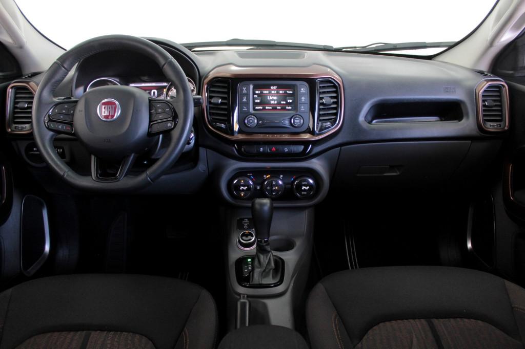 Imagem do veículo FIAT TORO 2.0 VOLCANO TURBO DIESEL 4X4 4P AUTOMÁTICO 9M - 2018 - BRANCO