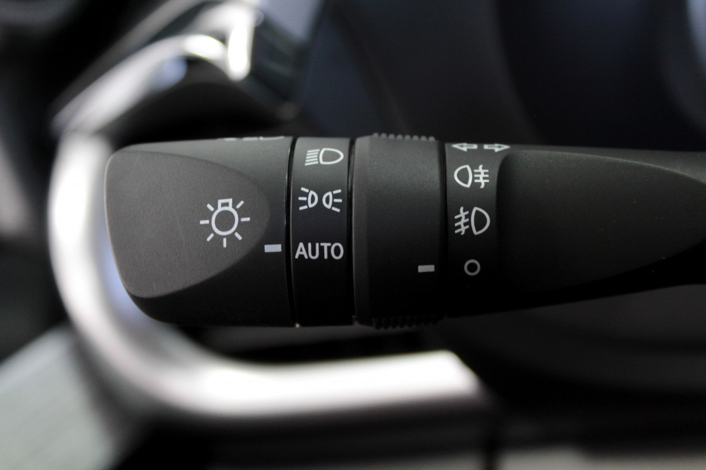 Imagem do veículo TOYOTA HILUX 2.8 SRV 4X4 CD TURBO DIESEL 4P AUTOMÁTICO 6M - 2020 - PRATA ***