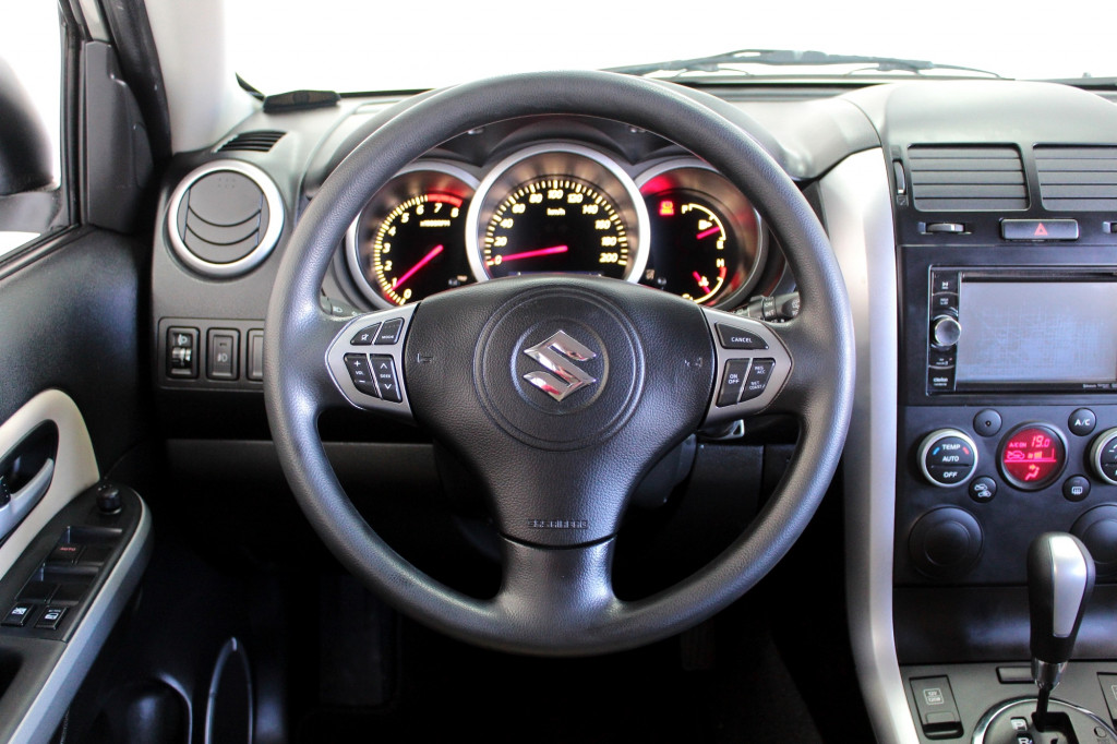Imagem do veículo SUZUKI GRAND VITARA 2.0 AUTOMÁTICO - 2016 - PRATA