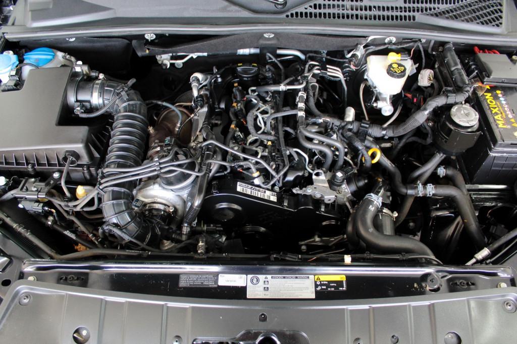 Imagem do veículo VOLKSWAGEN AMAROK 2.0 COMFORTLINE TURBO DIESEL 4X4 CD AUTOMÁTICO 8M - 2020 - PRETO