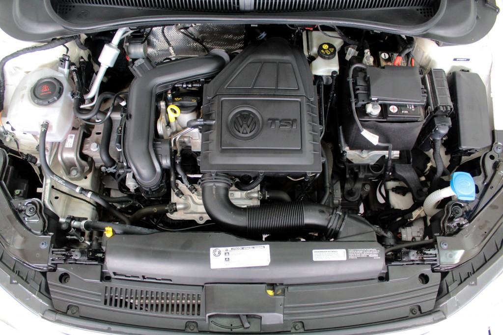 Imagem do veículo VOLKSWAGEN POLO 1.0 200 TSI HIGHLINE FLEX AUTOMÁTICO 6M - 2019 - BRANCO