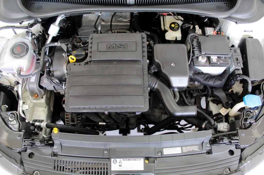 Imagem do veículo VOLKSWAGEN VIRTUS 1.6 FLEX MANUAL - 2020 - PRATA
