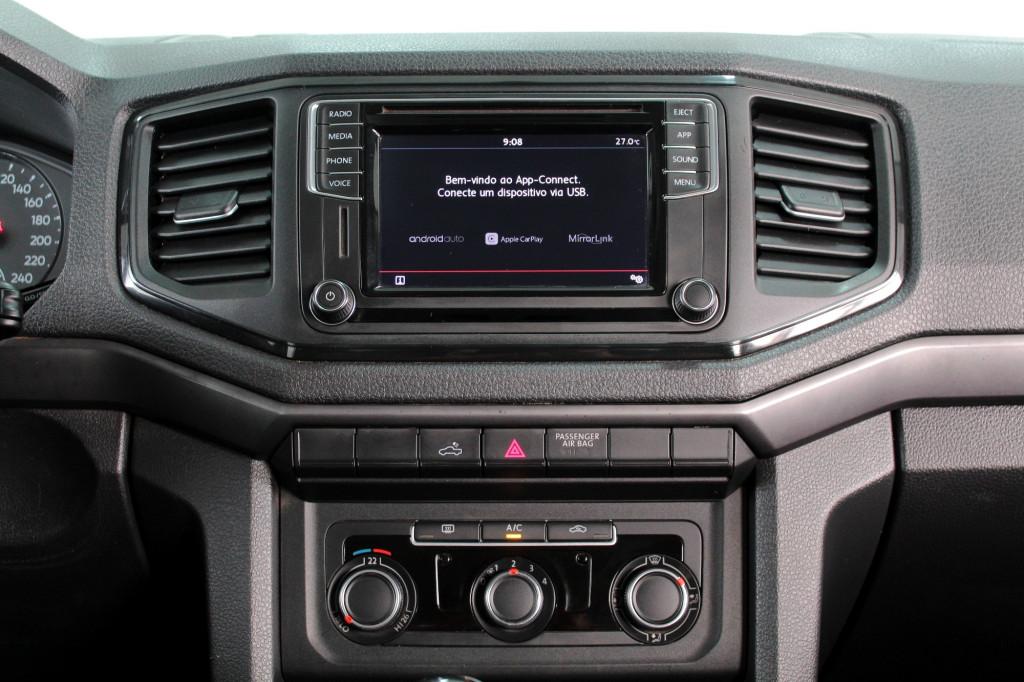Imagem do veículo VOLKSWAGEN AMAROK 2.0 SE 4X4 CD TURBO DIESEL MANUAL 6M - 2019 - PRETO