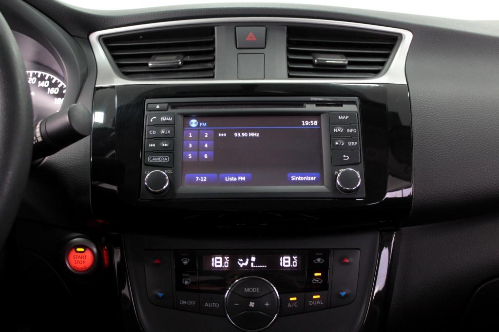 Imagem do veículo NISSAN SENTRA 2.0 SV FLEX AUTOMÁTICO CVT - 2018 - PRETO