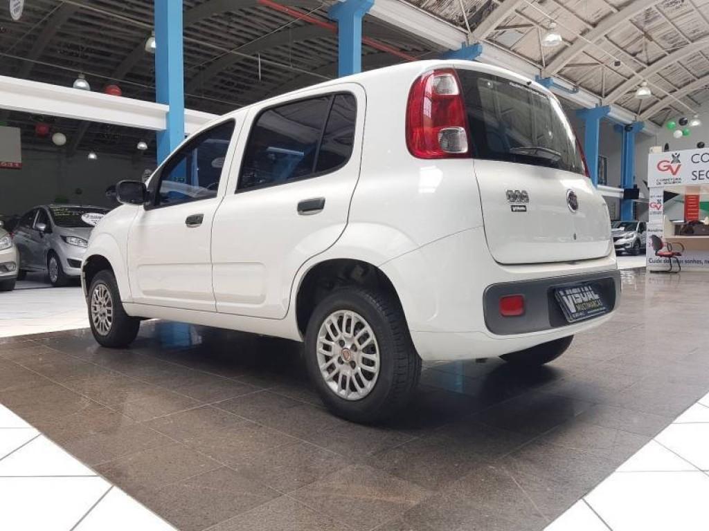 Imagem do veículo FIAT UNO VIVACE EVO 1.0 FLEX 4P MANUAL - 2015 - BRANCO