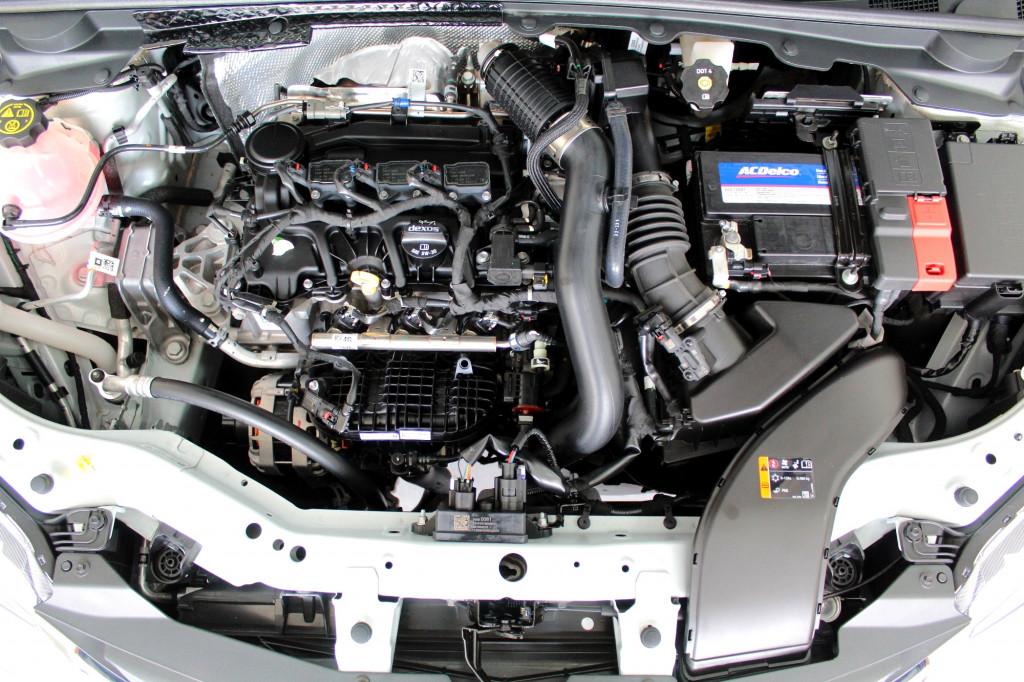 Imagem do veículo CHEVROLET ONIX 1.0 TURBO PREMIER FLEX AUTOMÁTICO 6M - 2021 - PRATA