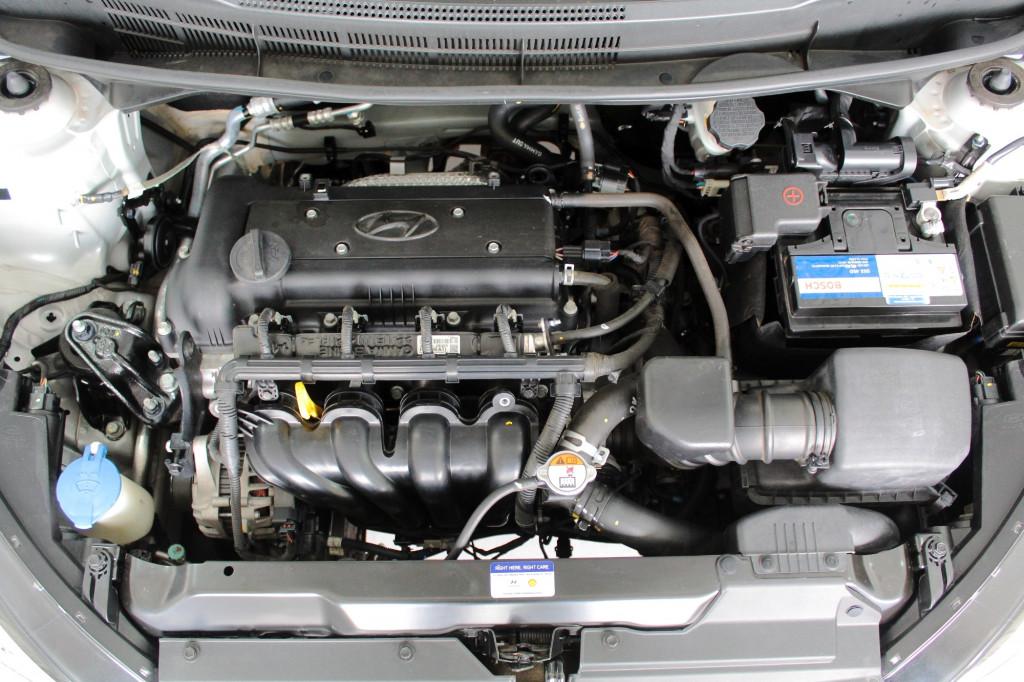 Imagem do veículo HYUNDAI HB20X 1.6 PREMIUM FLEX AUTOMÁTICO 6M - 2018 - PRATA