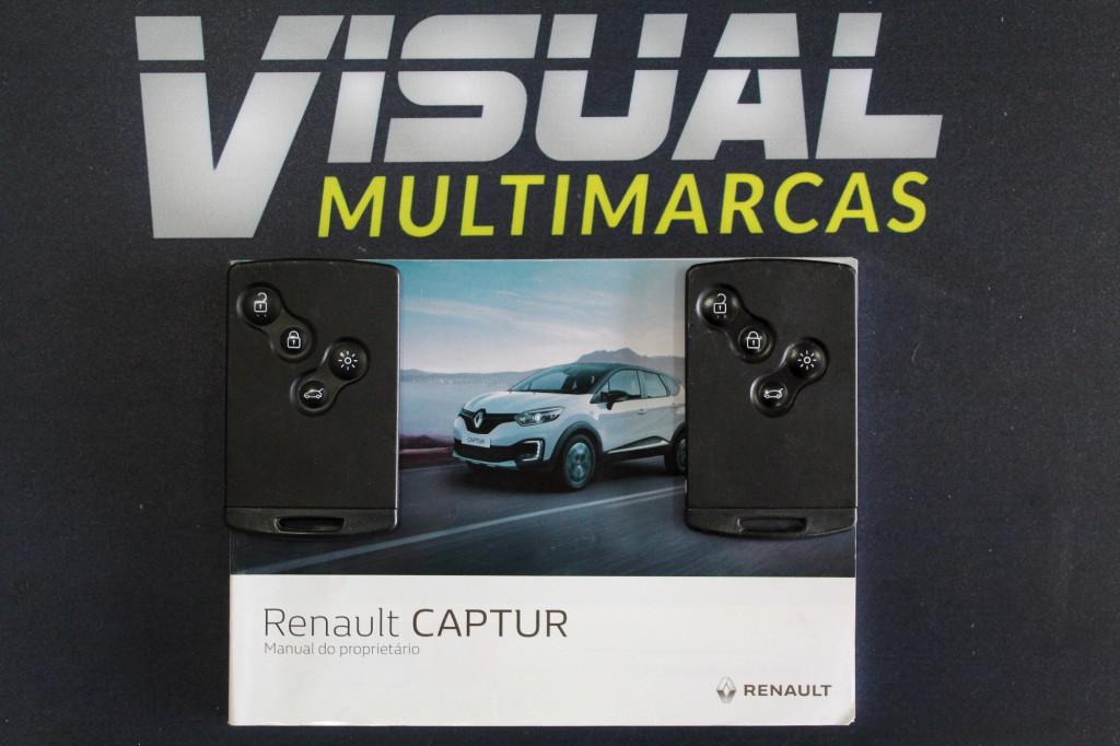 Imagem do veículo RENAULT CAPTUR 1.6 ZEN FLEX MANUAL - 2018 - BRANCO