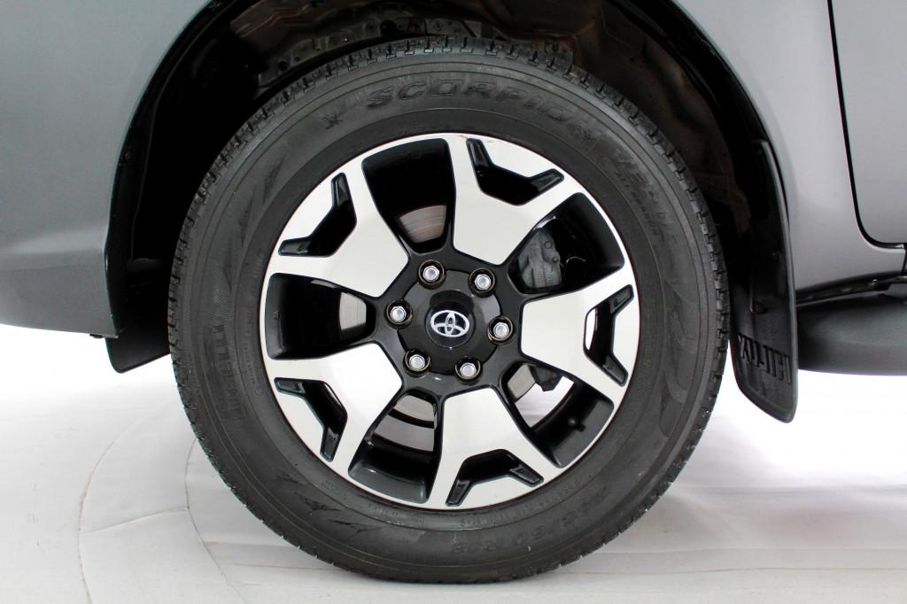 Imagem do veículo TOYOTA HILUX 2.8 SRX 50th ANNIVERSARY TURBO DIESEL CD 4X4 AUTOMÁTICO 6M - 2020 - CINZA