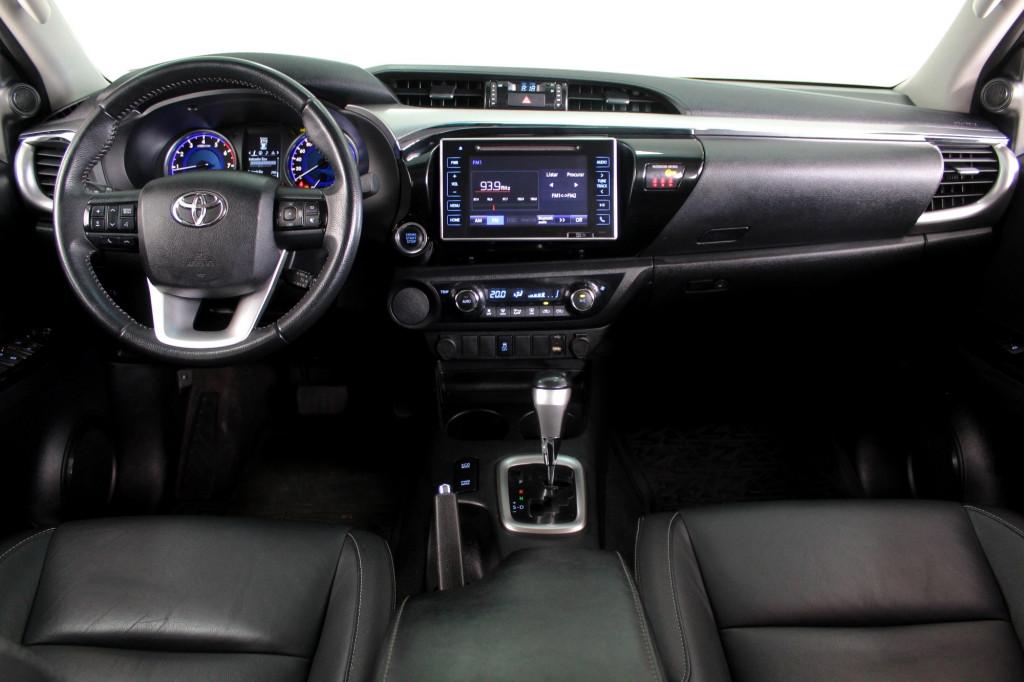 Imagem do veículo TOYOTA HILUX 2.7 SRV CD FLEX AUTOMÁTICO 6M - 2019 - PRATA