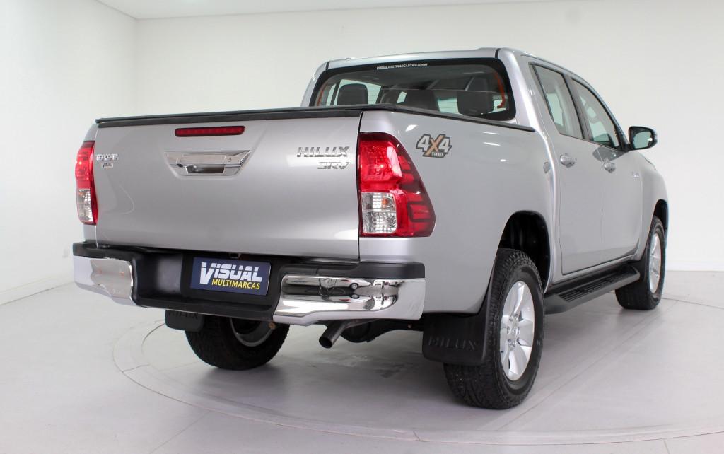 Imagem do veículo TOYOTA HILUX 2.8 SRV 4X4 CD TURBO DIESEL  AUTOMÁTICO 6M - 2017 - PRATA