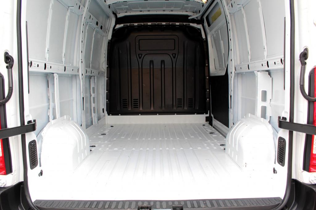 Imagem do veículo RENAULT MASTER 2.3 TURBO DIESEL TETO ALTO L2H2 3P MANUAL - 2022 - BRANCO