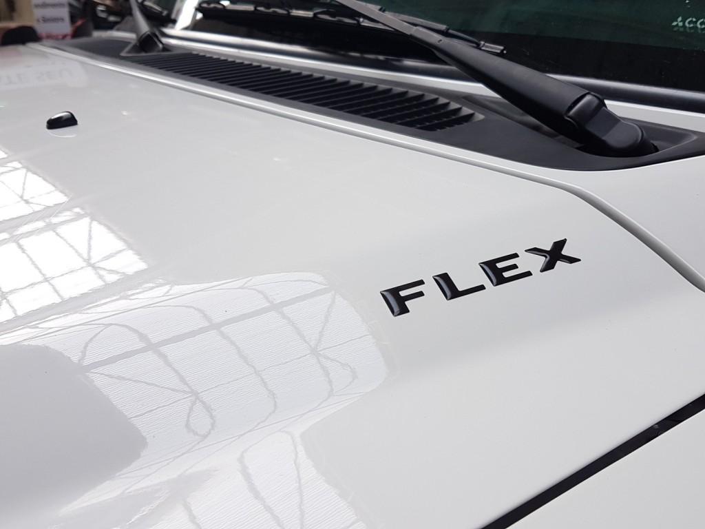 Imagem do veículo MMC PAJERO TR4 2.0 4X4 FLEX 4M AUTOMÁTICO 4P - 2012 - BRANCO