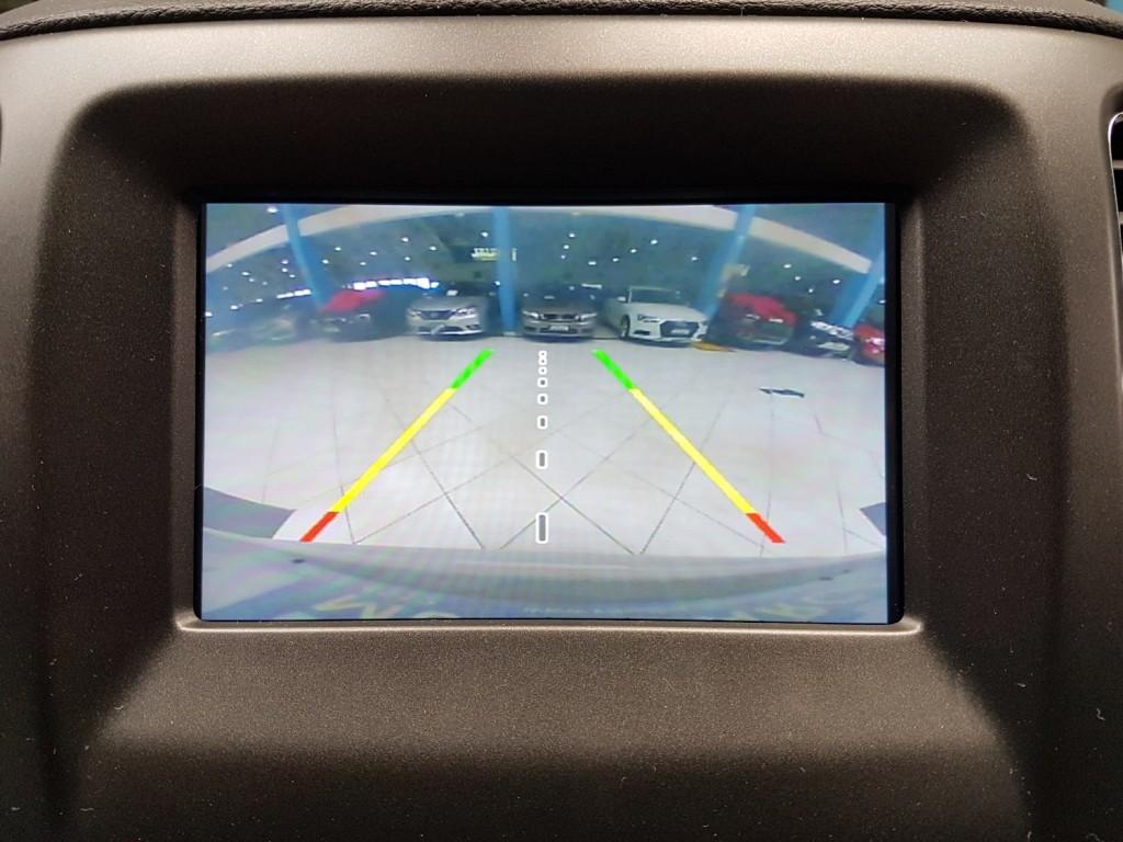 Imagem do veículo JEEP COMPASS SPORT 2.0  FLEX 4P AUTOMÁTICO 6M - 2018 - BRANCA