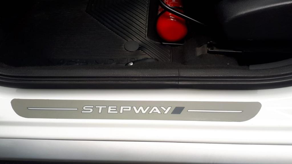 Imagem do veículo SANDERO STEPWAY TOP DE LINHA + COURO! IMPECÁVEL!