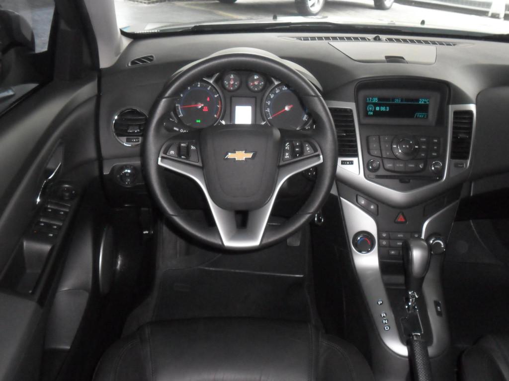 Imagem do veículo CRUZE FLEX AUTOMÁTICO + BANCOS EM COURO!