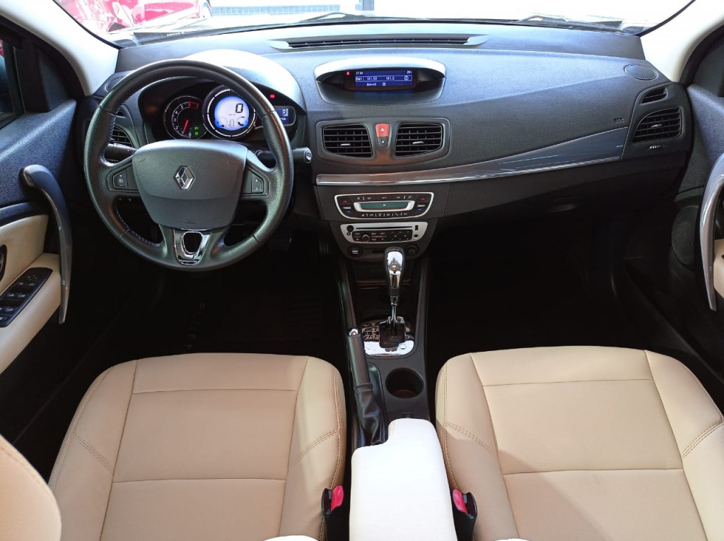 Imagem do veículo FLUENCE 2.0 AUTOMÁTICO CVT ÚNICO DONO! COMPLETÍSSIMO!