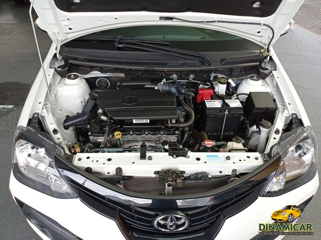 Imagem do veículo ETIOS 1.5 X PLUS FLEX! APENAS 11.000KM! GARANTIA DE FÁBRICA!