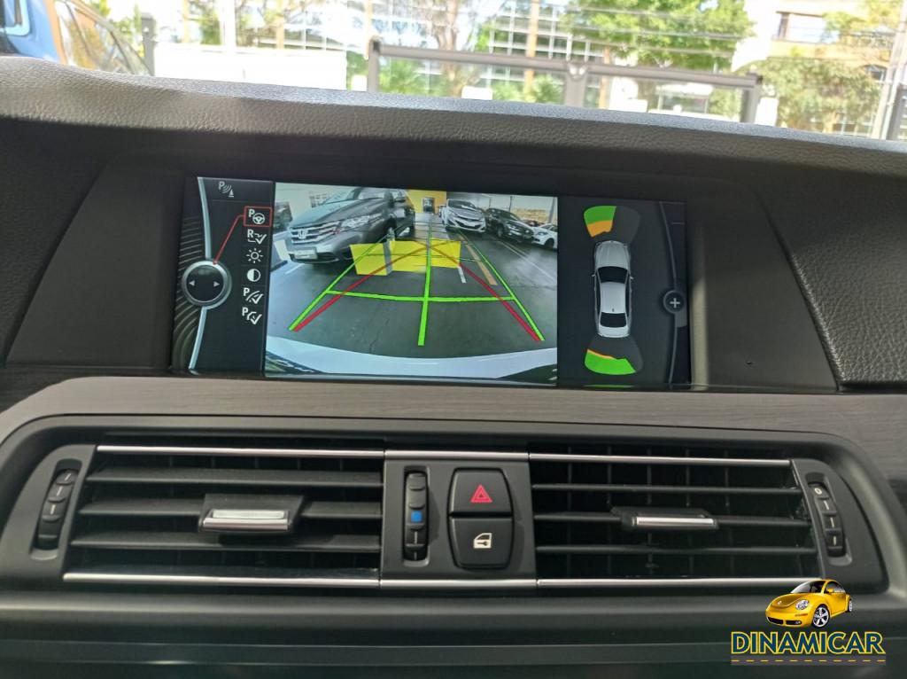 Imagem do veículo BMW 535i 3.0 AUTOMÁTICO! 306 CV COM TETO SOLAR! RARÍSSIMA!