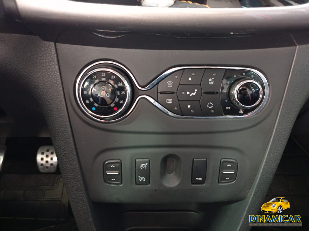 Imagem do veículo SANDERO R.S FLEX 2.0 COMPLETÍSSIMO! PERICIADO!